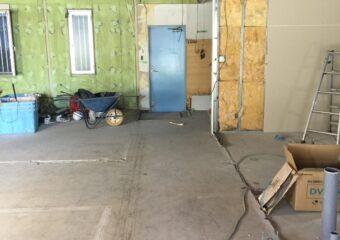 千葉市美浜区ビルを保育園へリノベーション・廊下