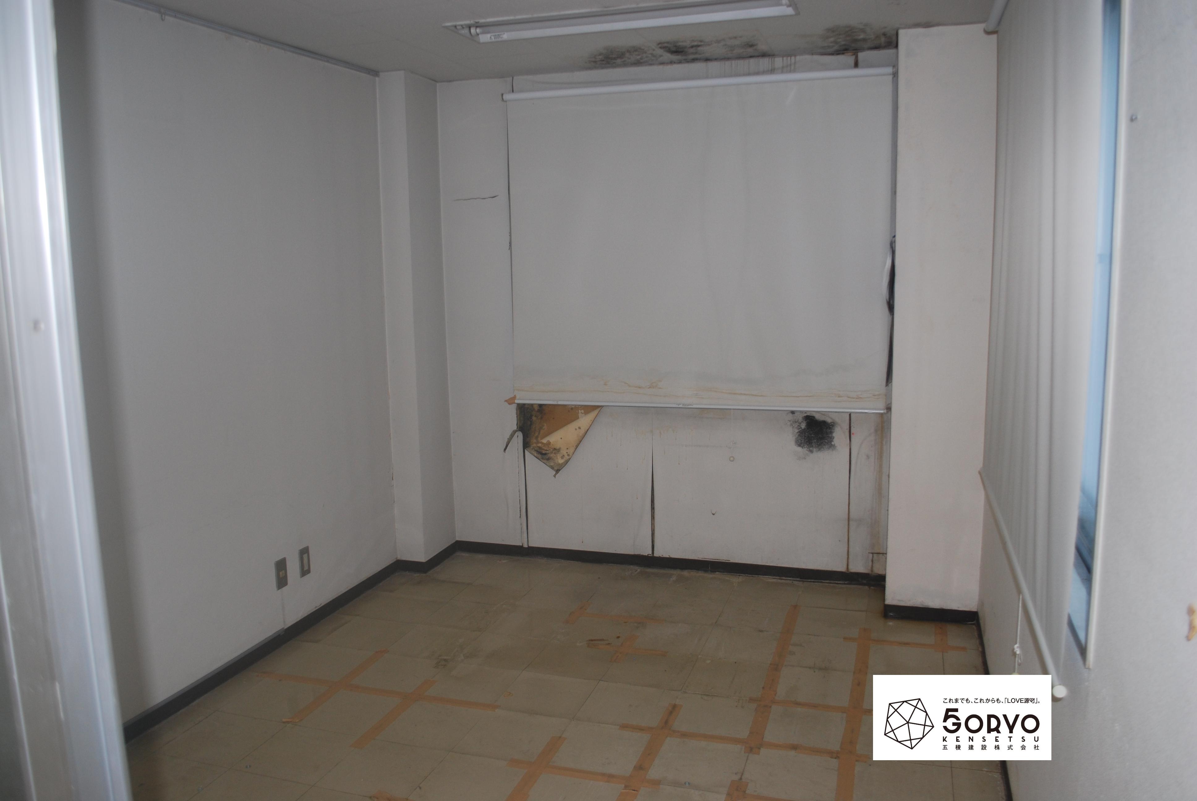 千葉市美浜区ビルを保育園へリノベーション・1階受付スペース:施工前