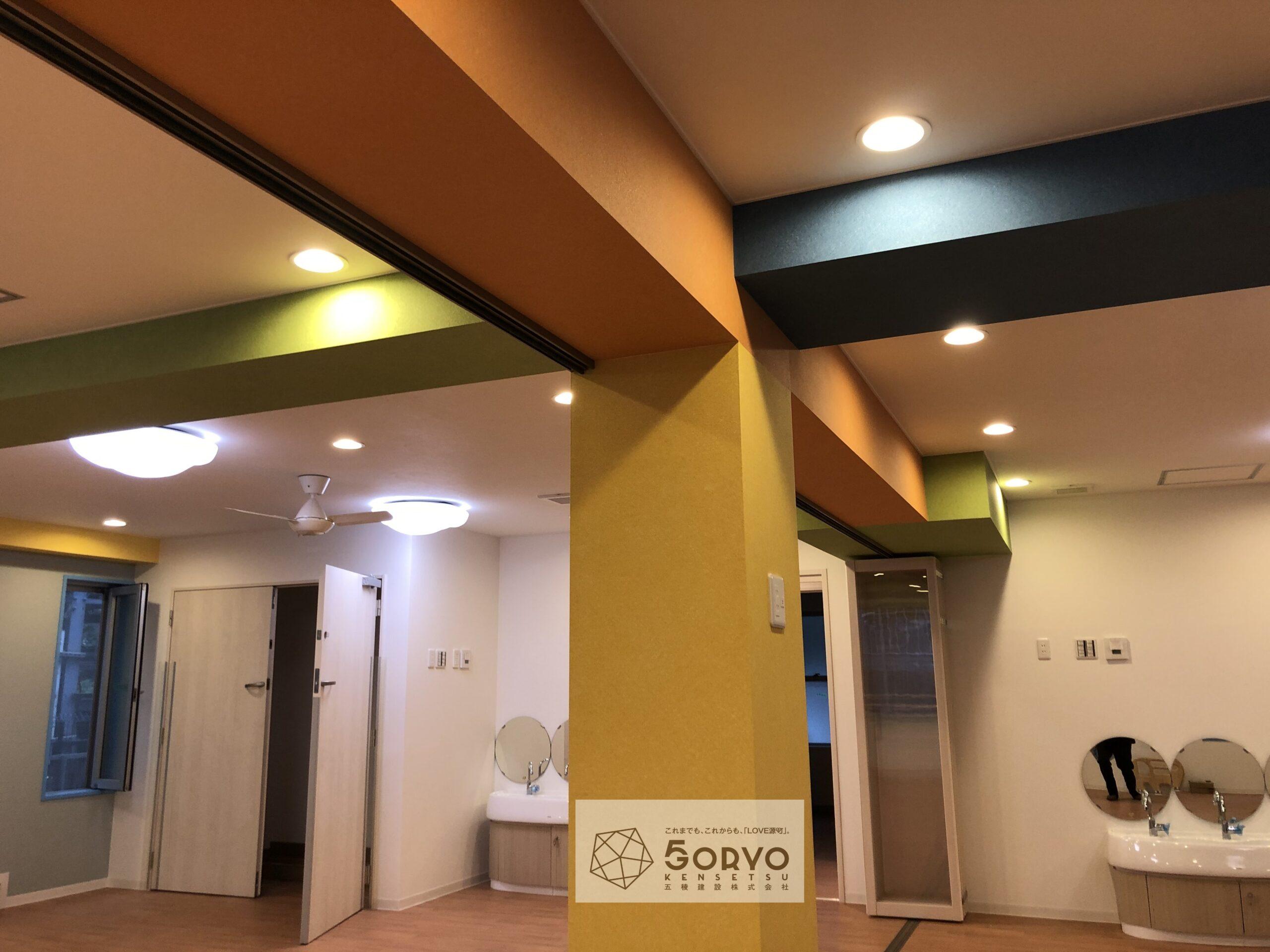 千葉市美浜区ビルを保育園へリノベーション、遊戯室part1:施工後