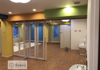千葉市美浜区ビルを保育園へリノベーション・遊戯室part2