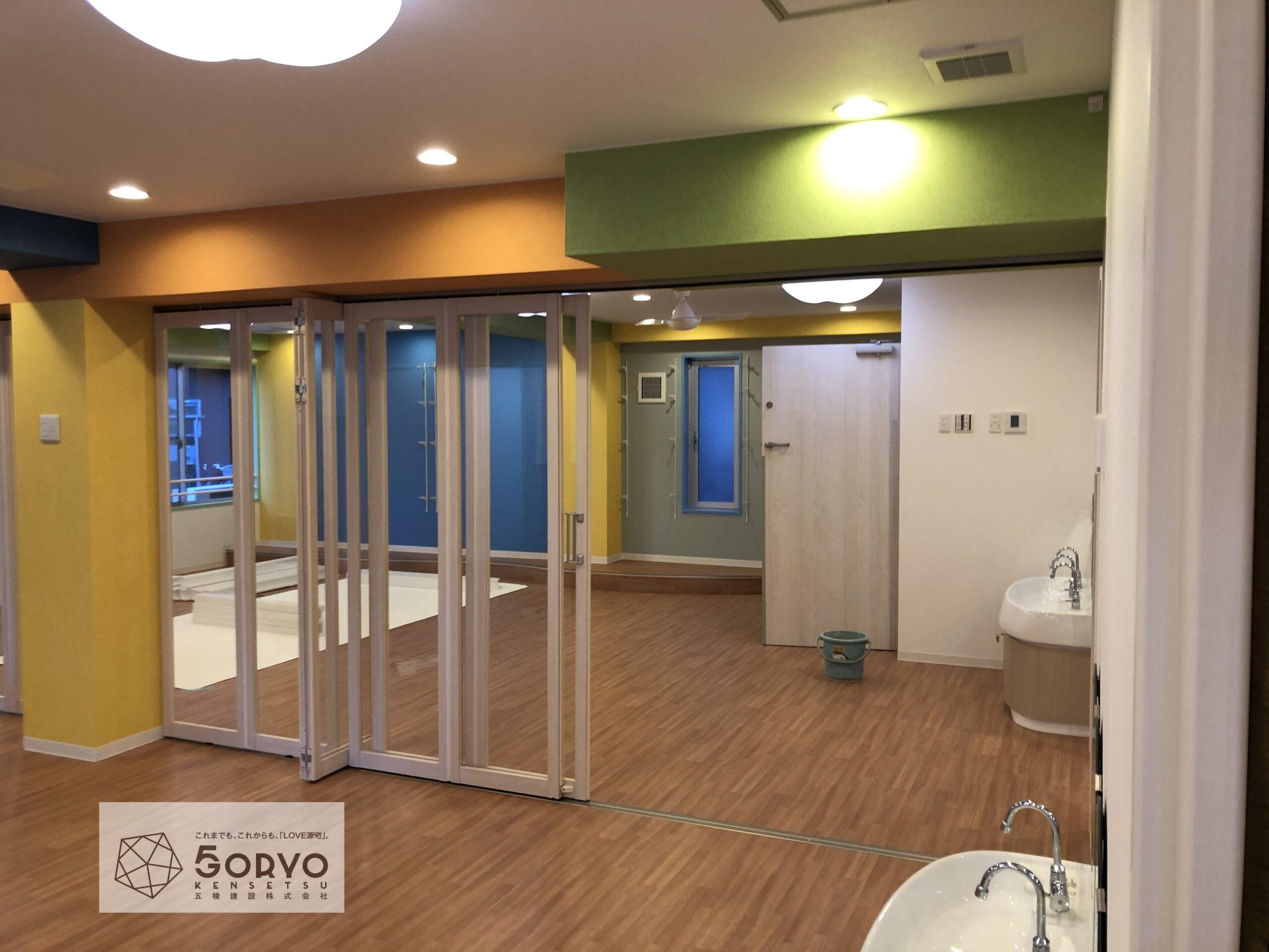 千葉市美浜区ビルを保育園へリノベーション、遊戯室part2:施工後