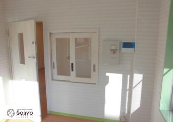 千葉市美浜区ビルを保育園へリノベーション・1階受付スペース